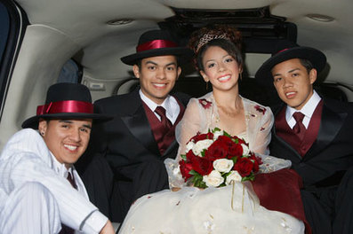 quinceanera quince limo rental